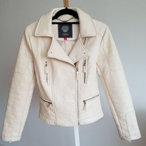 ❌BIG SALE❌NEW VINCE CAMUTO FAUX LEATHER JACKET